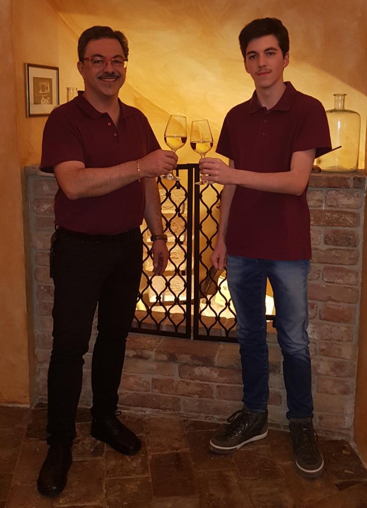 Fritz Semper mit Sohn Dominik, Nickis Restaurant, 3950 Gmünd, Niederösterreich