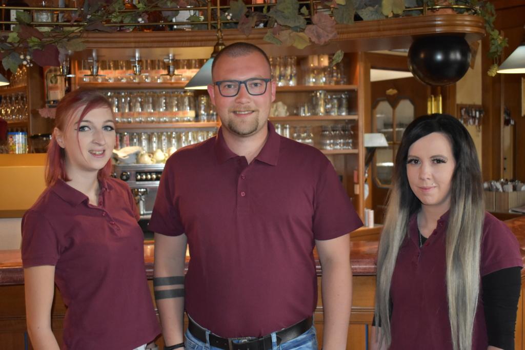 Service Team, Nickis Restaurant, Fritz Semper, Gmuend